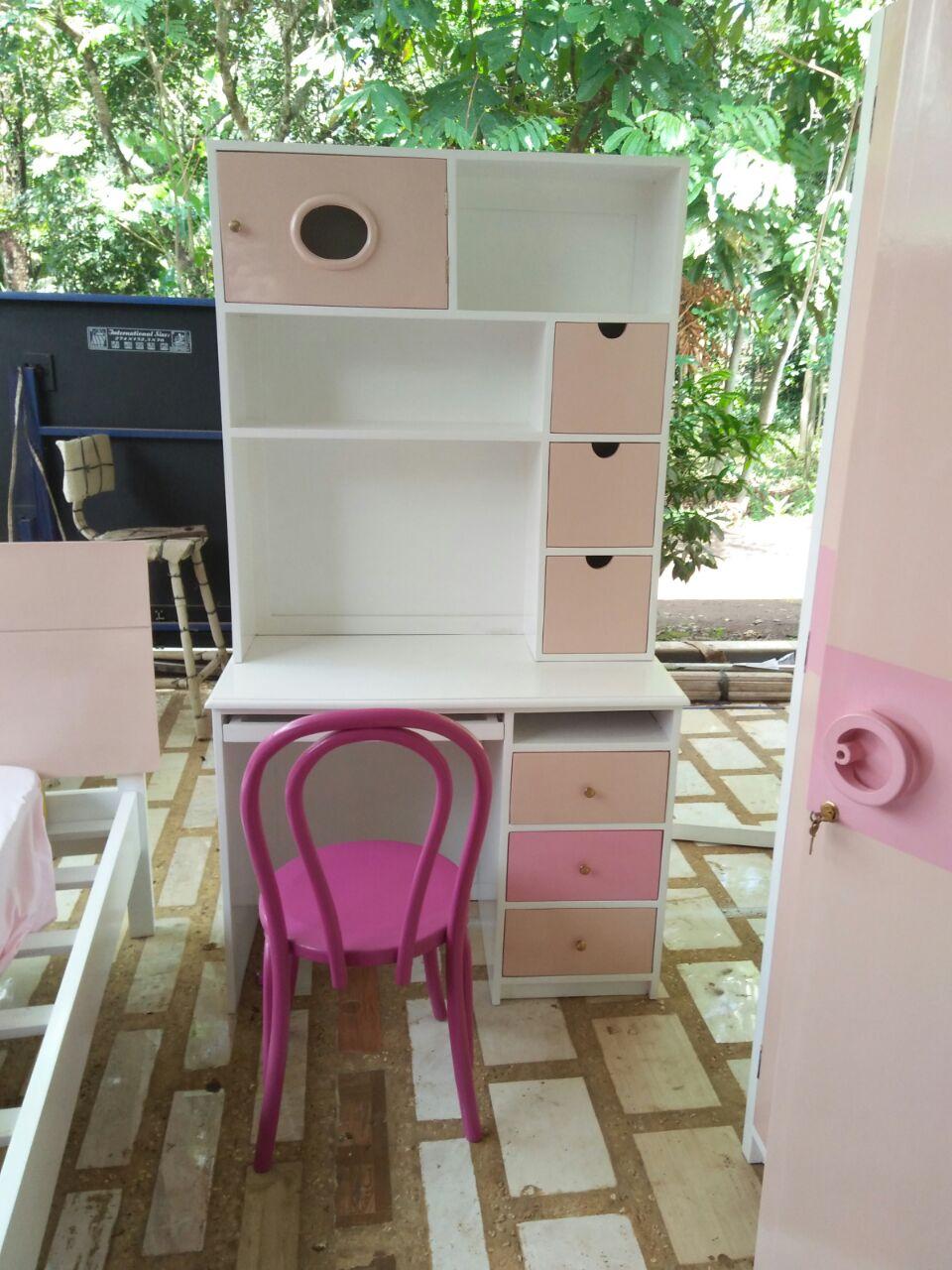 Meja-Belajar-Set-Ranjang-Tidur-Anak-Round-Pink Set Ranjang Tidur Anak Round Pink Jakarta - Pesanan Bu Sarah