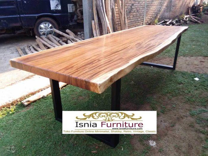 meja-kayu-trembesi-suar-700x525 Meja Trembesi Kaki Besi Untuk Makan Sehari Hari Model Minimalis