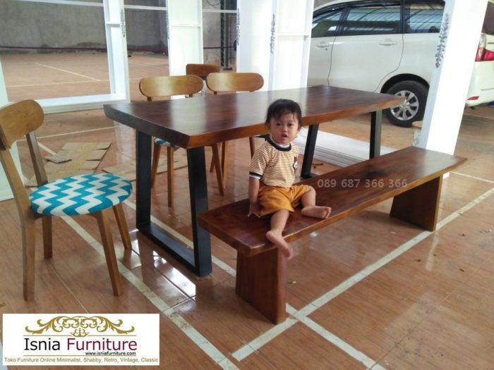 meja-trembesi-kaki-besi-real-pict-700x525 Meja Trembesi Kaki Besi Untuk Makan Sehari Hari Model Minimalis
