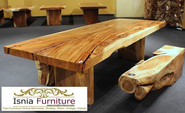 meja-makan-besar-jumbo Meja Kayu Besar Trembesi Utuh Untuk Makan Bersama Keluarga