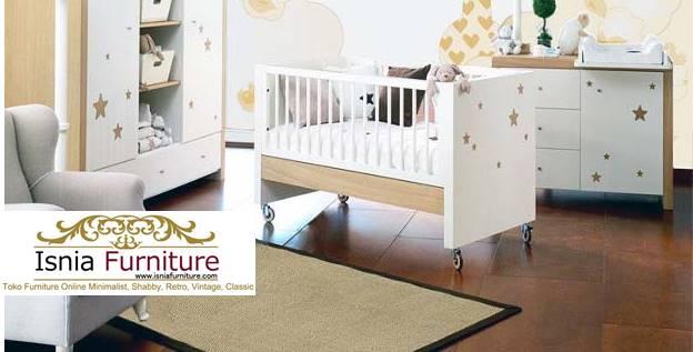 Hasil-Permainan-Menghias-Kamar-Tidur-Bayi- Jual Box Bayi Bekasi Minimalis Putih Duco Terbaru