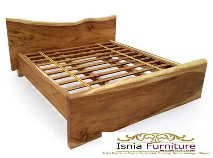 tempat-tidur-kayu-trembesi-modern-700x518 Tempat Tidur Kayu Trembesi Minimalis Solid Murah