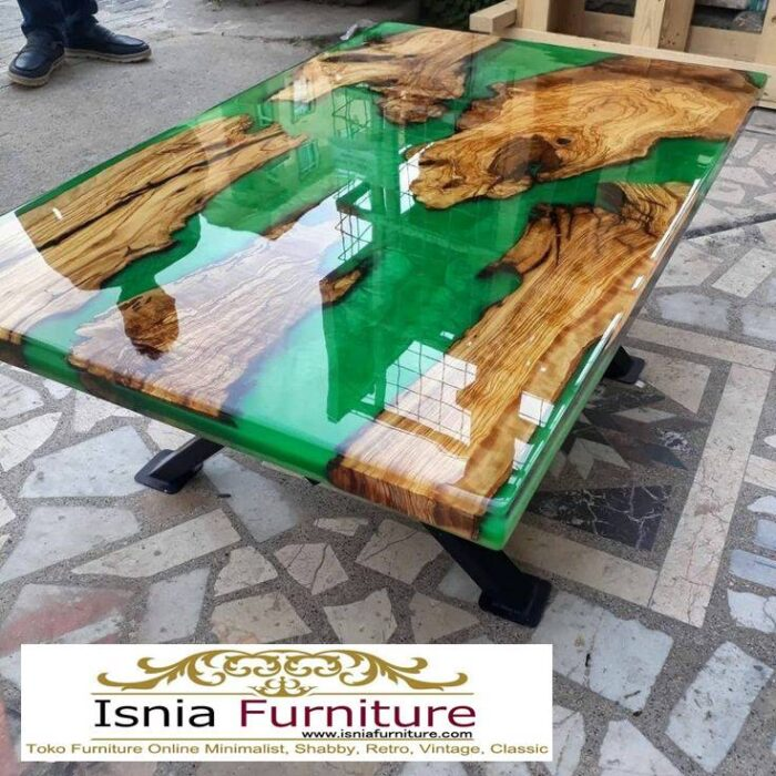 meja-resin-jepara-desain-kaki-besi-unik-700x700 Jual Meja Resin Jepara Kayu Solid Minimalis Modern