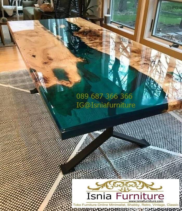 meja-resin-kayu-jati-antik-kaki-besi-700x810 Harga Jual Meja Resin Menyala Murah Terbaru Terlaris