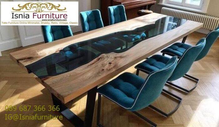 meja-resin-kayu-jati-antik-untuk-meja-makan-desain-kaki-besi-700x406 Harga Jual Meja Resin Menyala Murah Terbaru Terlaris