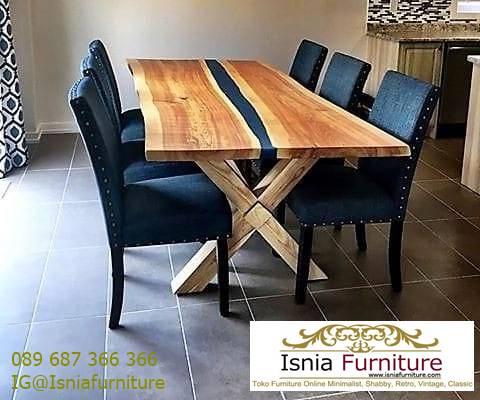 meja-resin-kayu-jati-antik-untuk-meja-makan-kaki-kayu-jati Harga Jual Meja Resin Menyala Murah Terbaru Terlaris