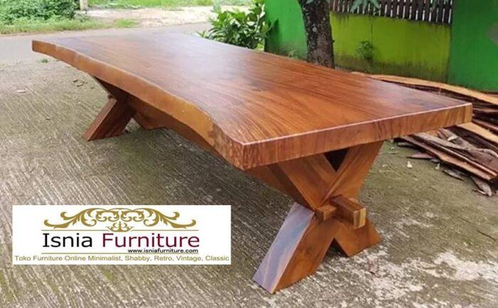 meja-trembesi-besar-langka-cocok-untuk-meja-makan-700x434 Jual Meja Trembesi Besar Minimalis Solid Kualitas Terbaik