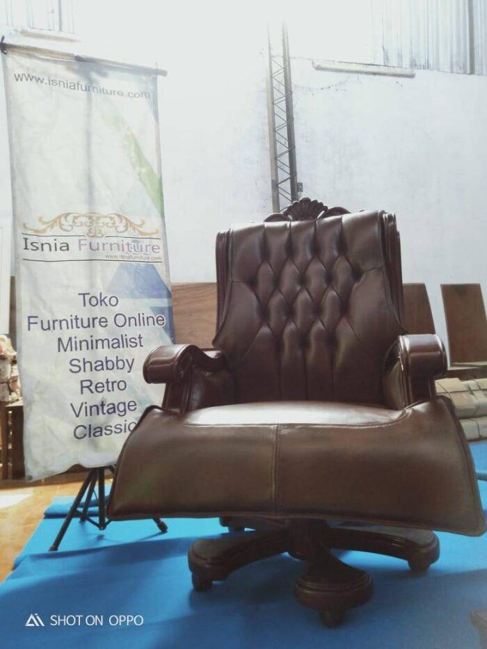 kursi-direktur-kantor-kulit-asli-realpect-700x933 Jual Kursi Direktur Mewah Dari Kayu Jati Solid