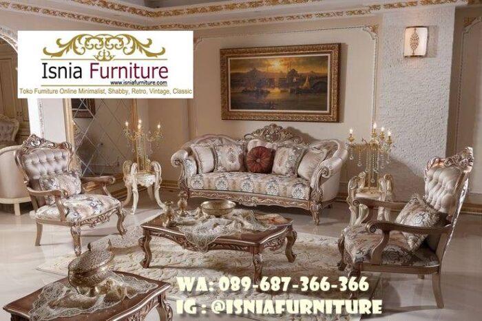sofa-mewah-ruang-keluarga-desain-ukiran-mewah-jati-700x466 Sofa Mewah Ruang Keluarga Minimalis Terbaik Kualitasnya