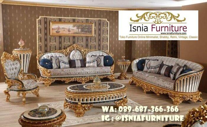 sofa-mewah-ruang-keluarga-kayu-solid-termurah-700x430 Sofa Mewah Ruang Keluarga Minimalis Terbaik Kualitasnya